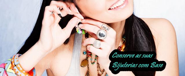 Conserve as suas bijuterias