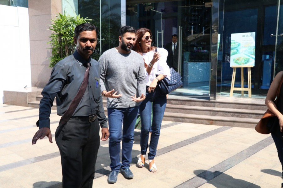 Shilpa Shetty with Raj Kundra Spotted at Yauatcha BKC