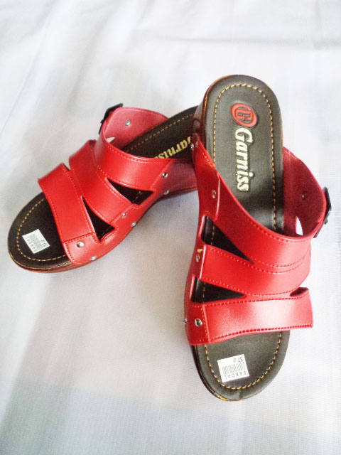 Sandal Wedges Garniss Baud SLOP WANITA merah