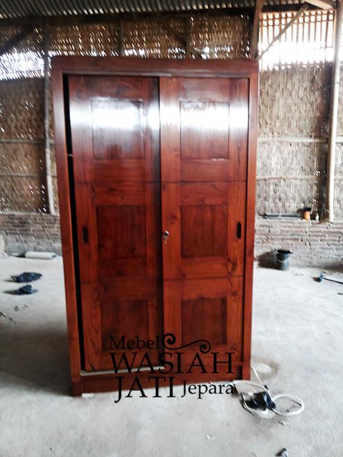 Contoh Almari Pakaian dua Pintu Sliding dari Toko Mebel Wasiah Jati Jepara