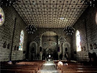 Interior da Igreja São Pedro, em Gramado