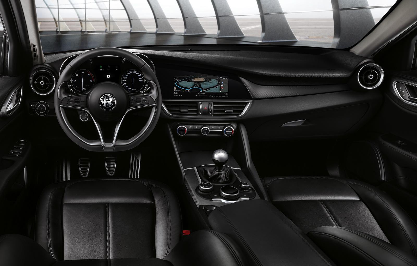 Alfa Romeo Giulia 2016 chính thức lộ diện