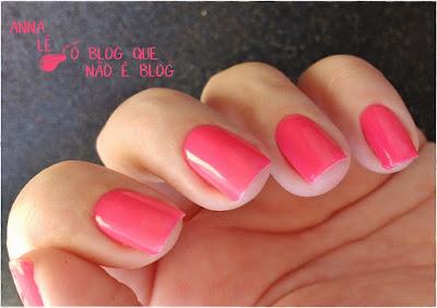 esmalte nailpolish risqué neon rosa