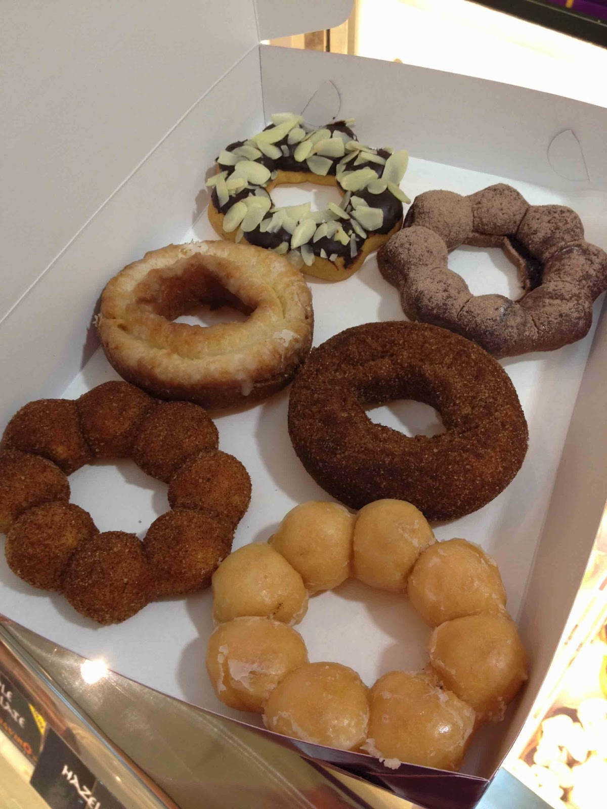 trigger happy foodie: Gavino's Japanese Donuts