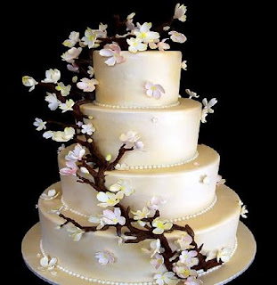 latest wedding cake pictures fondant cakes of 2012 wedding cake design of 2012 16752