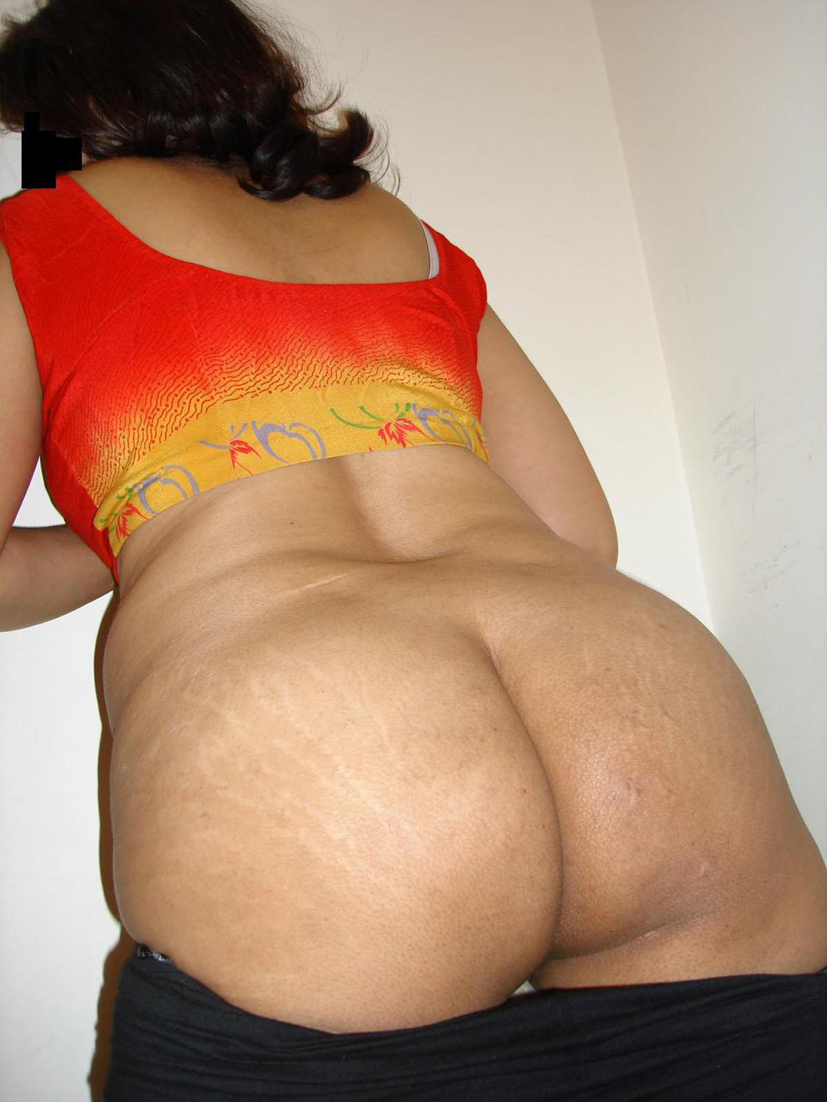 Hot indian aunties ass