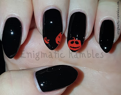 Review-Stamping-Plate-MoYou-Halloween-304