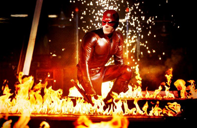 Ben Affleck vestido de Daredevil