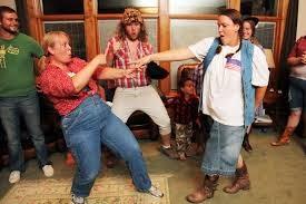 Funny fat girl dancing