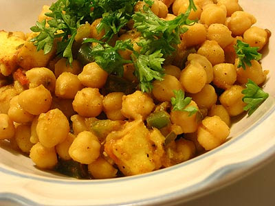 Chickpeas with Paneer Cheese