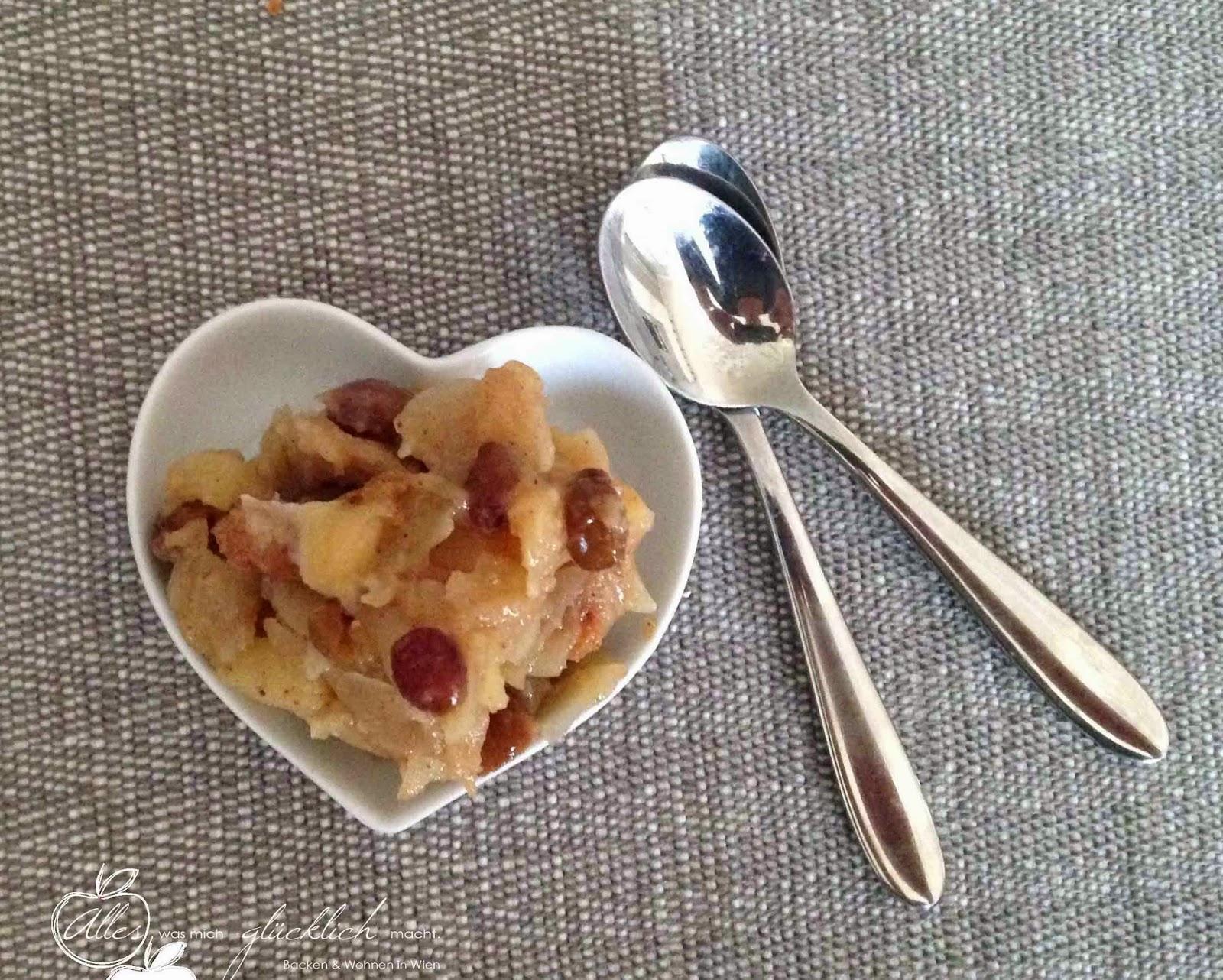 Veganer Bratapfel-Germteigswirl Germteigschnecken
