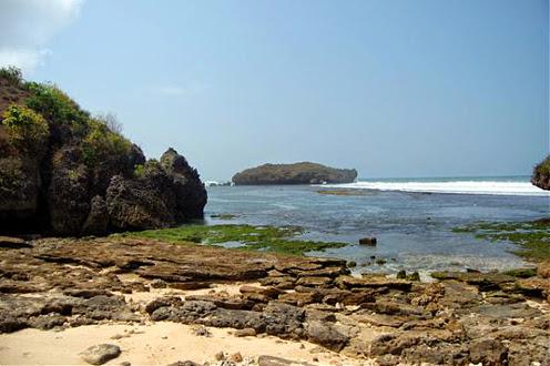 Kawasan Pantai Krakal Jogja