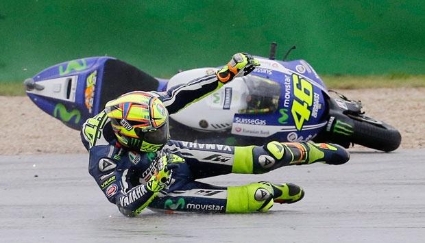 Usai Kecelakaan dan Operasi, Rossi Bertekad Tampil di MotoGP Misano Italia