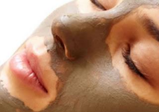 Cara Membuat Masker Lumpur dan Manfaatnya Untuk Perawatan Wajah