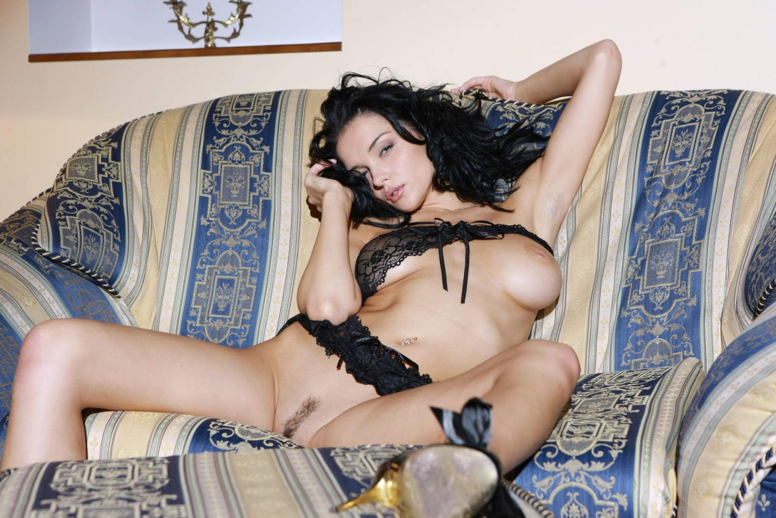Fey nude katie legs jenya spread