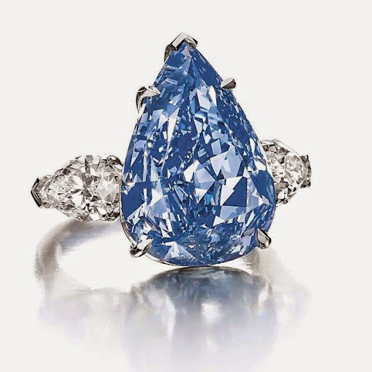 Champagne Gem: Fancy a Blue? I DO!