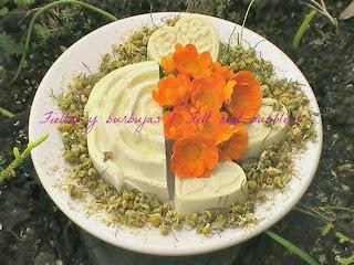 Jabón-manzanilla-caléndula-leche-materna-marygold-camomile-mother's-milk-soap
