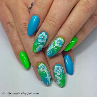 http://snaily-nails.blogspot.com/2017/08/letnie-kwiatuszki.html