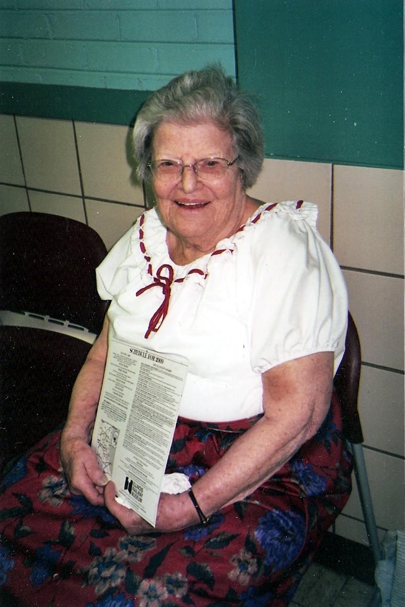 Argonne International Folk Dancing: Sad news: Helen