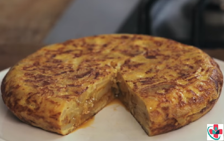 HOW TO MAKE A MOUTHWATERING SPANISH OMELET