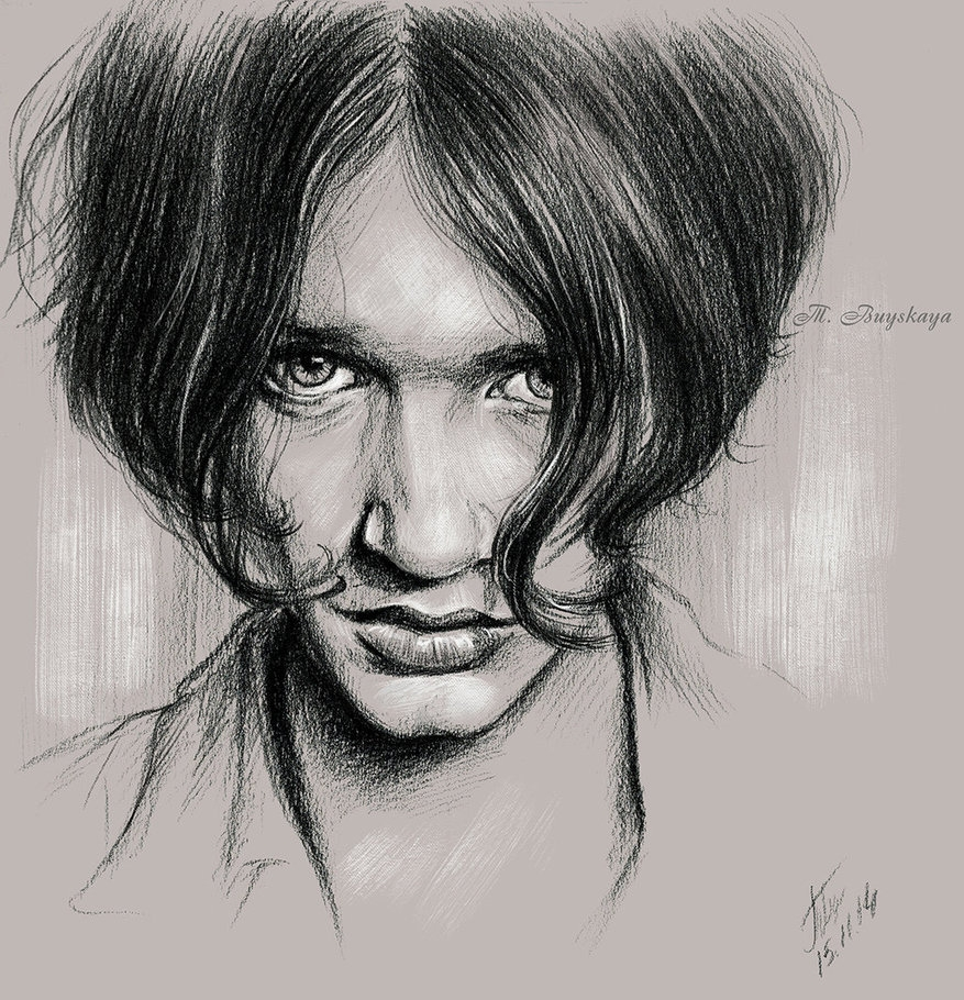 09-Molko-Tatyana-Buyskaya-Duh22-Pencil-and-Charcoal-Portrait-Drawings-www-designstack-co