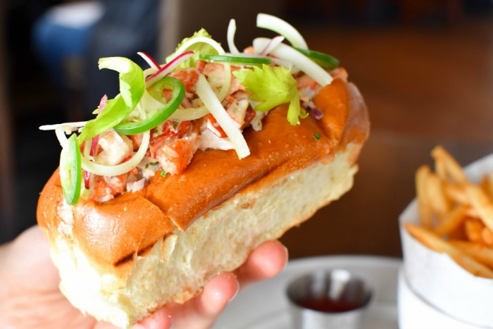 wit & wisdom lobster roll
