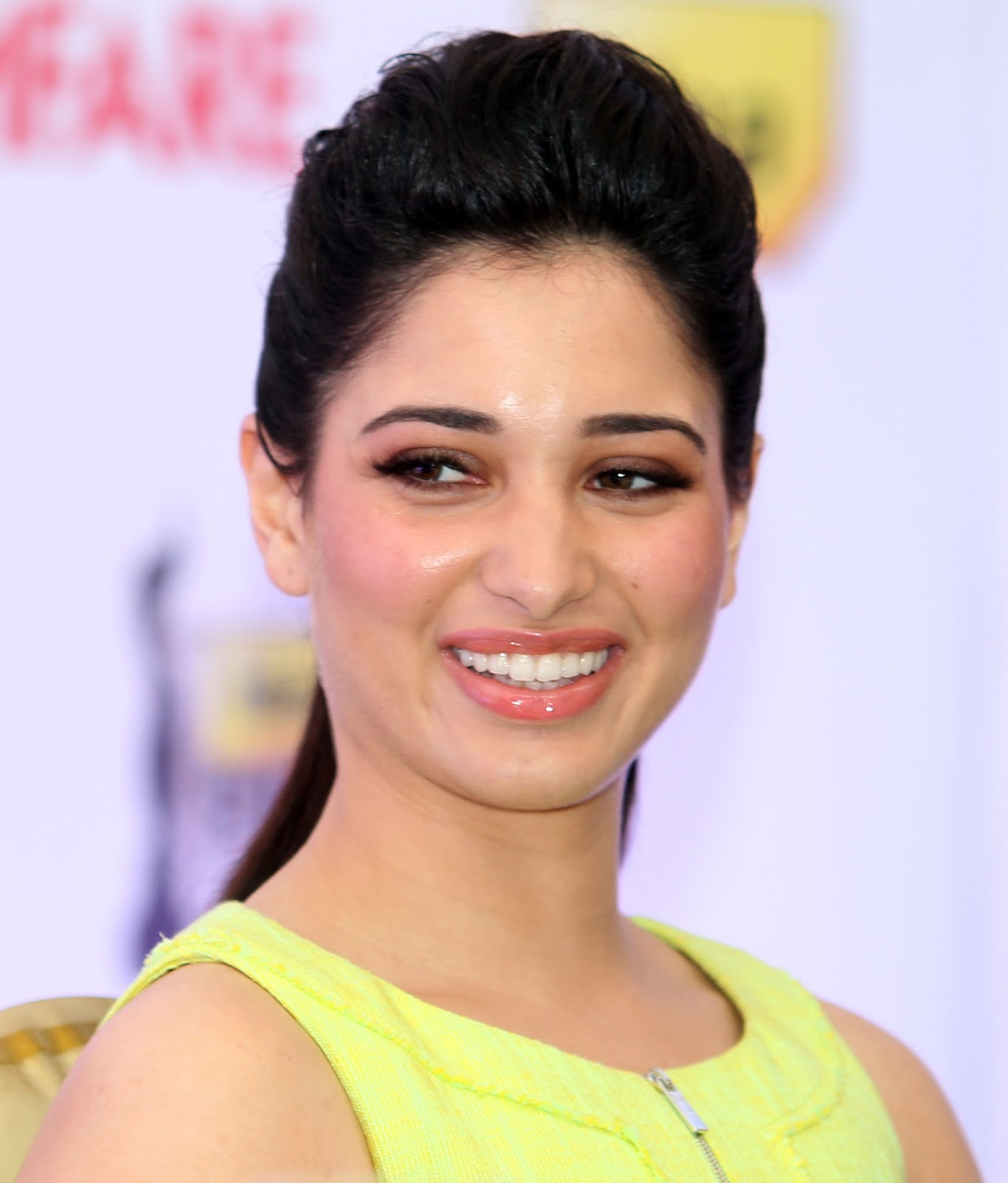 Actress without Makeup Images Bollywood Photos In ...