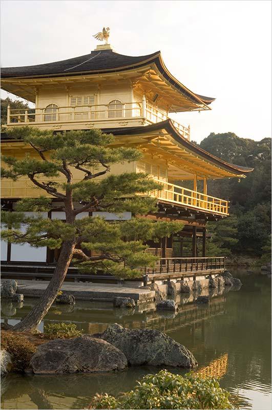 Достопримечательности Японии и Золотой павильон