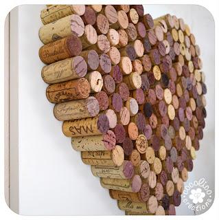cocolico creations dites le avec des coeurs coeur de bouchons. Black Bedroom Furniture Sets. Home Design Ideas