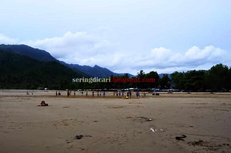 Info Wisata Pantai Lenggoksono Malang Selatan