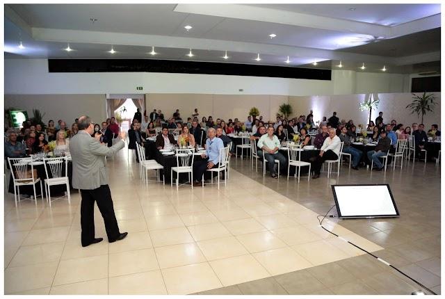 Sicredi Vale do Piquiri Abcd PR/SP comemora 30 anos com profissionais da imprensa