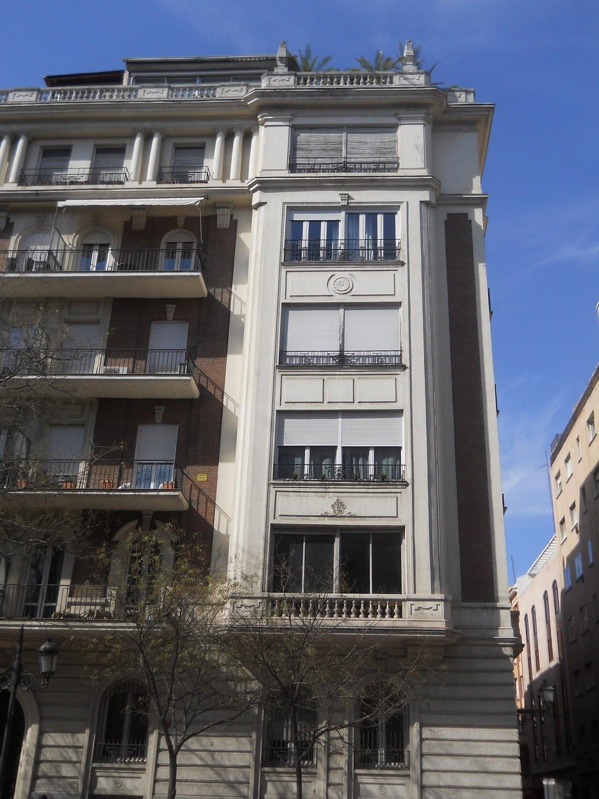 Madrid art dec eduardo dato 21 for Arquitectura franquista