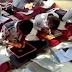 Ratusan Murid di India, Mampu Menulis dengan Dua Tangan Secara Bersamaan