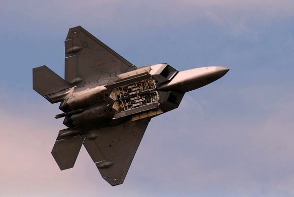 F-22 Raptor AS Jatuh di Florida