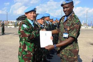 Prajurit TNI di Lebanon Raih Brevet Penghargaan dari Negara Tanzania