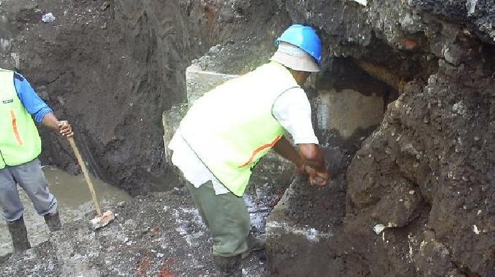 Penemuan Tembok Misterius Berusia 3,5 Abad di Bawah Tanah Jakarta