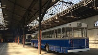 Τι κάνουν τα παλιά λεωφορεία της Αθήνας όταν πεθάνουν