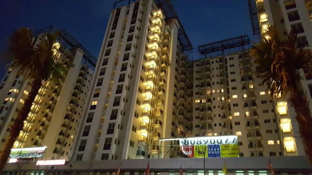 Investasi Apartemen di Signature Park Grande Oleh Pikko Group - Investasi apartemen merupakan salah satu investasi jangka panjang yang memiliki keuntungan yang berkali-kali lipatnya uang yang akan kita investasikan dibandingkan kita berinvestasi properti lainnya, apartemenlah yang sangat menguntungkan dan menggiurkan bagi para investor-investor luar maupun dalam negeri. Selain dijadikan investasi jangka panjang, Apartemen juga dapat dijadikan tempat tinggal keluarga yang sangat nyaman sekali.