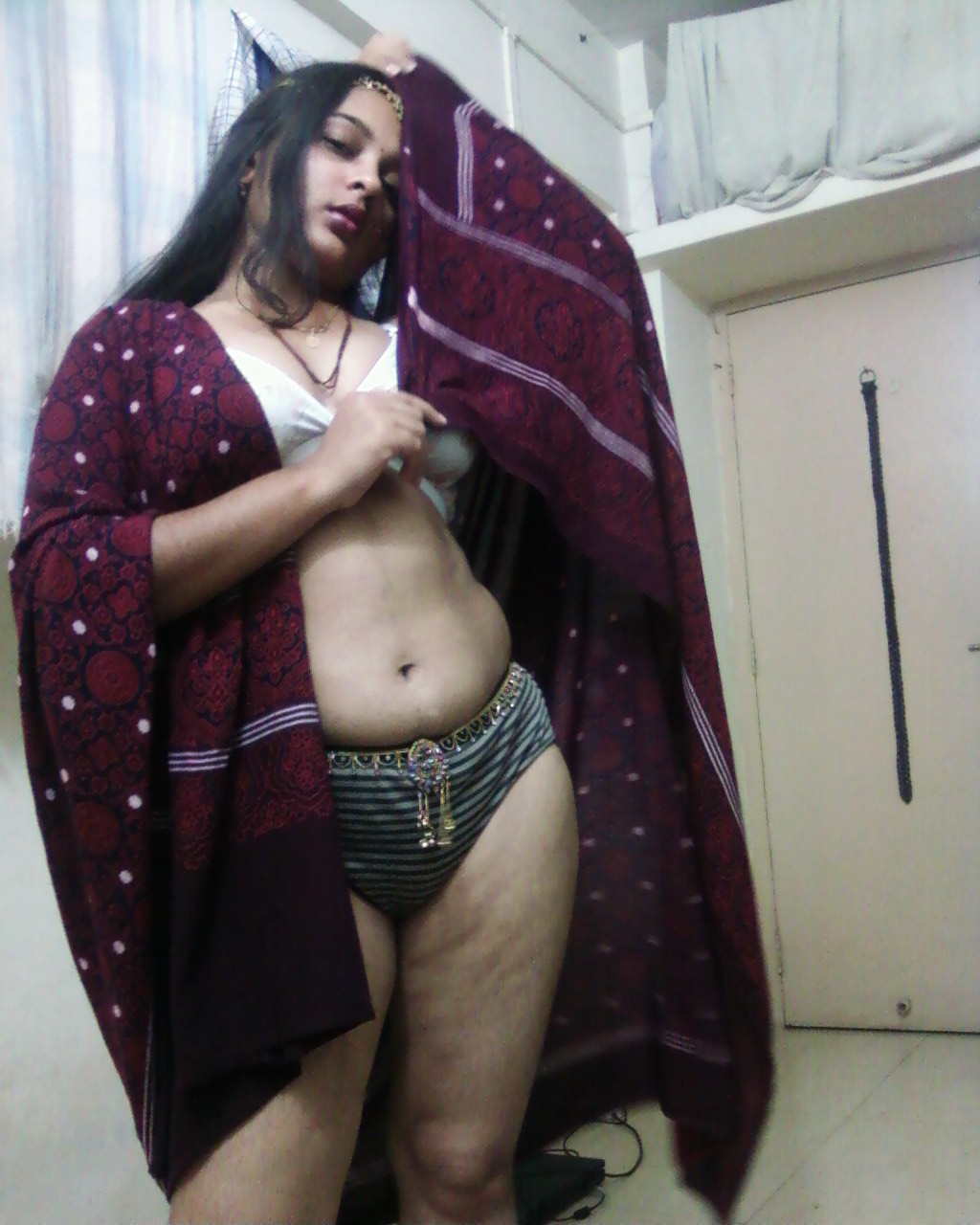 sexy indian teacher aunty nude