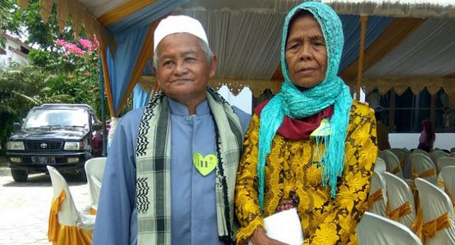 Lihat Nih Pasangan Nikah Tertua, Sudah Punya 3 Cicit, Maharnya Rp 10 Ribu