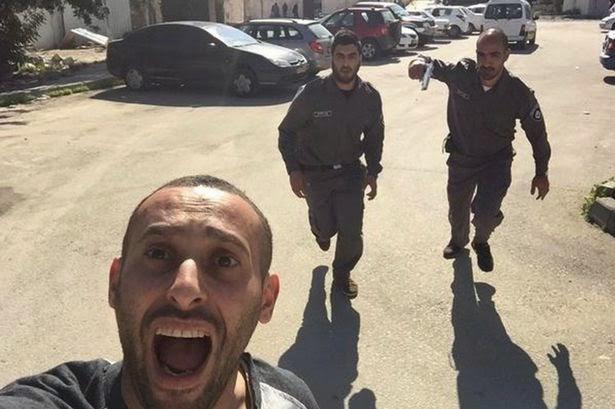 Selfie Heboh..! Di Tengah Kejaran Serdadu Israel