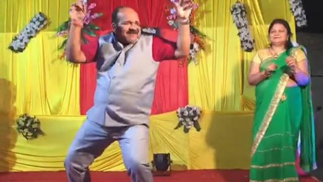 Sanjeev Srivastava (Dancing Uncle)