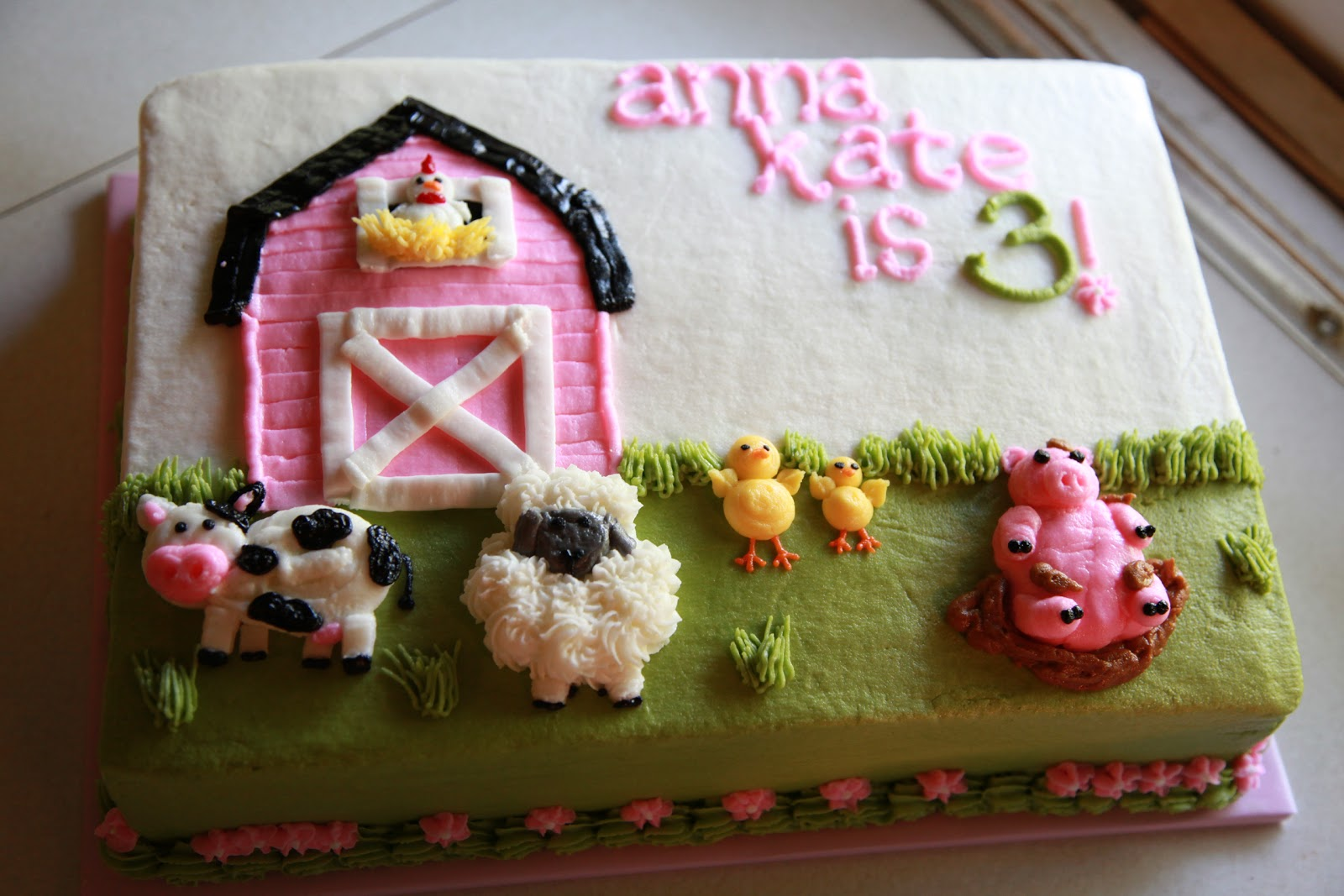 Farm Party Birthday Cakes