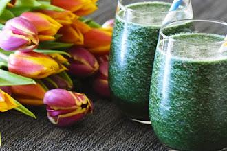 Smoothie cu spirulina si chlorella [smoothie verde detoxifiant]