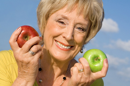 Pola Makan Tepat untuk Anda Usia 50-an