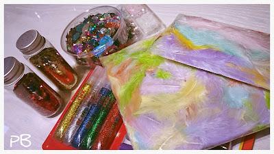 plumes-paillettes-glitter-scrapbooking