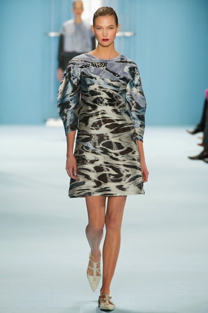 Carolina Herrera Fall/Winter 2015-2016 RTW: Cool Blues and Greys, Ripples, Ocean Waves and Bubbles
