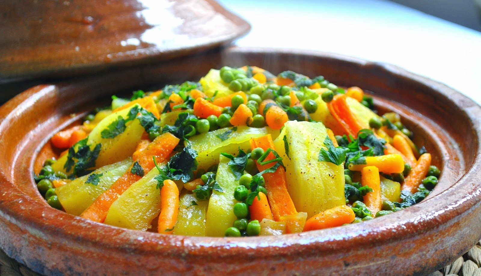 what is a tagine moroccan