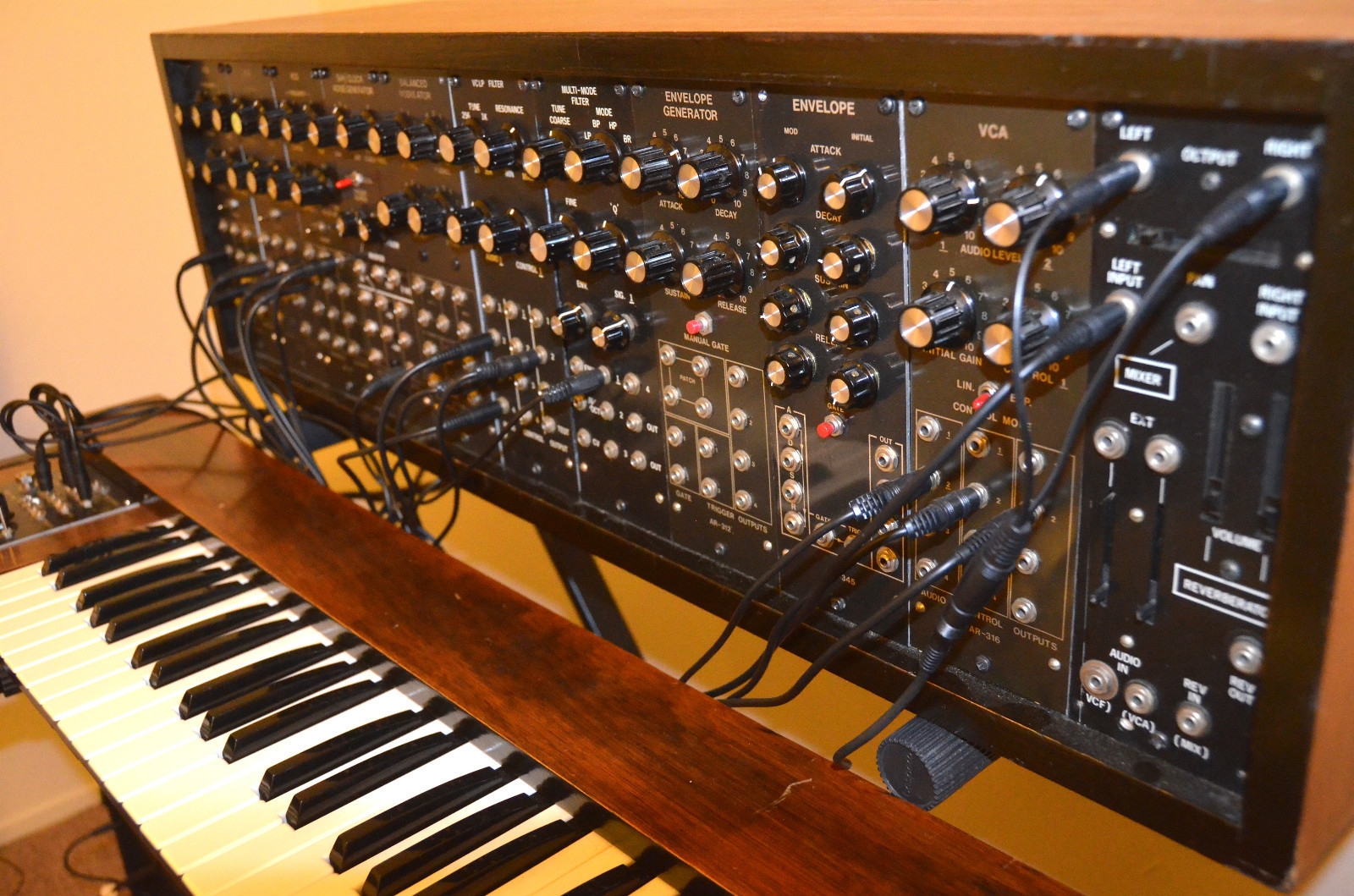 Matrixsynth Super Rare Aries Modular Vintage Analog Synth Schematics Vco 3 It Comes With A Matching Original Keyboard Patch Cords Extra Few Spare Knobs Complete Users Manual And Catalog Of