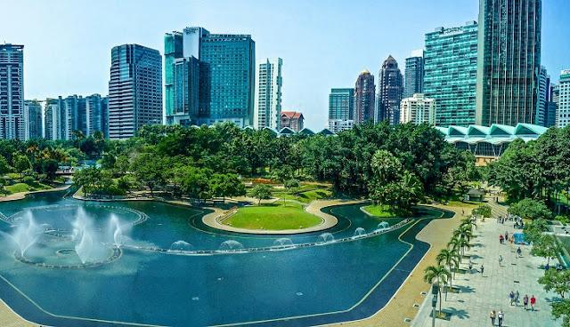 1. Kuala Lumpur City Center (KLCC)